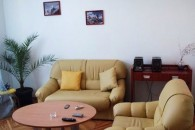 Kiev, Proreznaya 6,  3 Room Apartment
