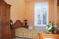 Odessa, Deribasovskaya str. #10 1 Room Apartment